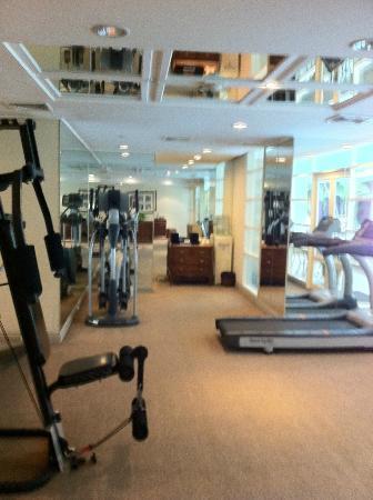 Saladaeng Colonnade : Small gym