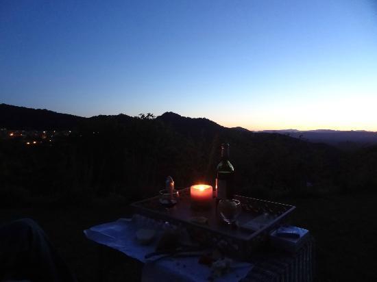 Entre Azur et Maures : dusk by candlelight