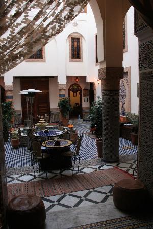 Riad Ahlam: le patio vue de la salle à manger