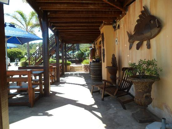 Dutton's Cove Restaurant: Restaurant