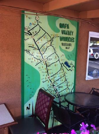 Napa Discovery Inn: map of the wineries at reception