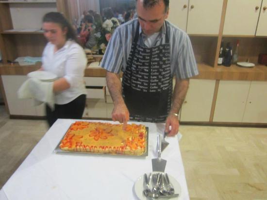 Hotel Aurora: la torta buonaaaaaaaaa!!