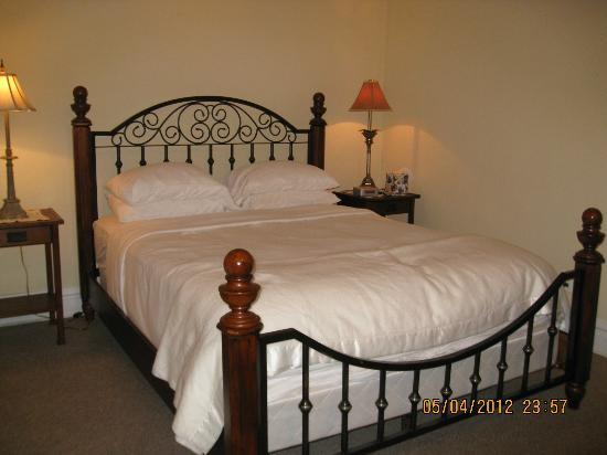 Bridgeport Bed and Breakfast Picture