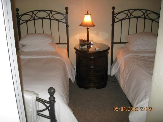 Bridgeport Bed and Breakfast : 2nd bedroom