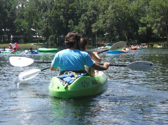 Nature Coast Inn: Kayak/Canoe/Tube at Rainbow River