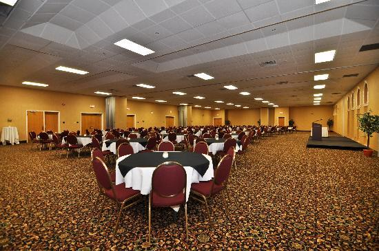 BEST WESTERN Glengarry Hotel: We have the largest uninterrupted convention space in Truro.