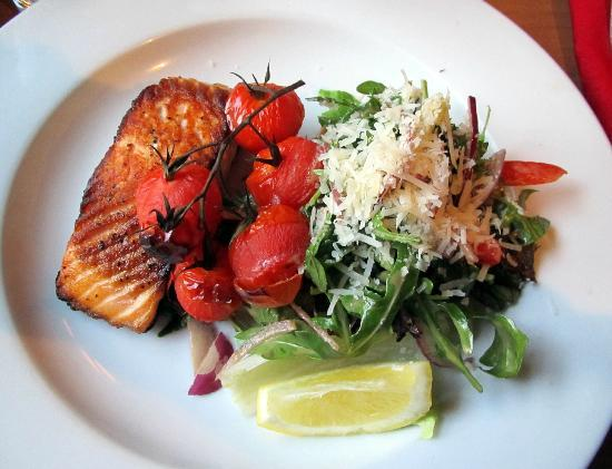 Number 27: Salmon with oven-roasted cherry tomatoes and salad - so good!