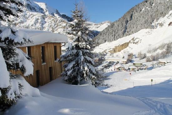 Lodge and Hostel Basecamp Andermatt