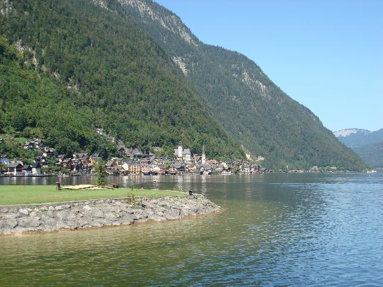 Gasthof Simony: Lake Hallstatt