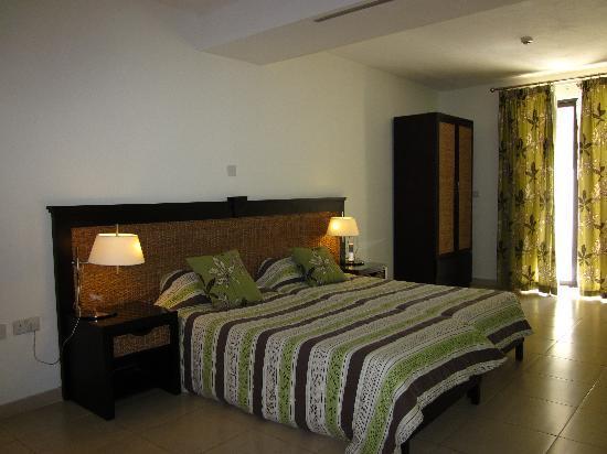 Rocca Nettuno suites: Room