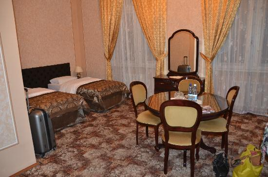George Hotel: Our Junior suite