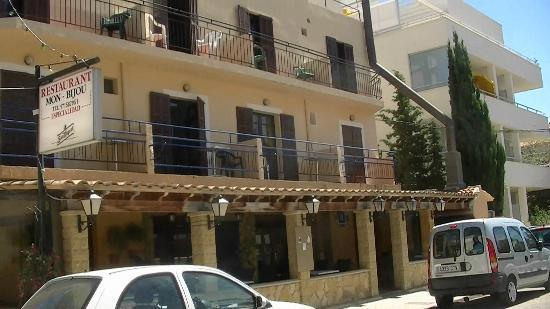 Cala Millor Aloha Hotel Mar y Sol: Het hostal in gesloten toestand