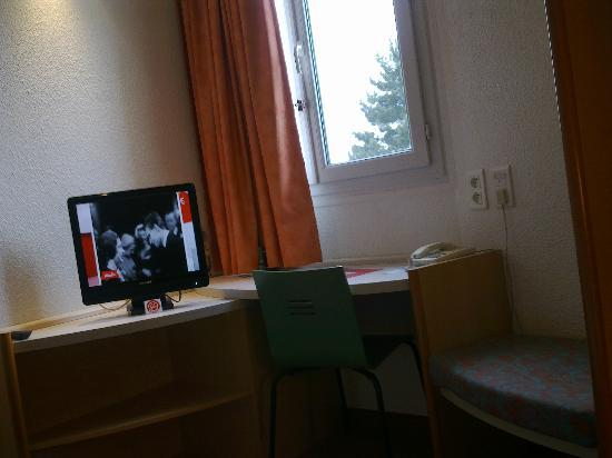 Ibis Chartres Ouest Luce: Chambre