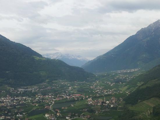 Hotel St. Pankraz - Ultental - Sudtirol: vista dalla terrazza.