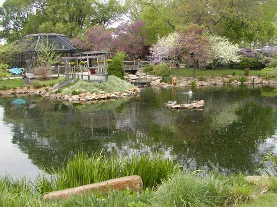 Emporia, KS: The zoo grounds