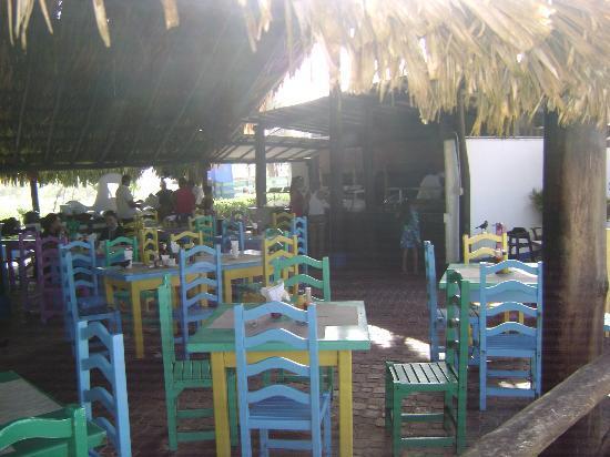 Laguna Mar: Grill restaurant on d beach