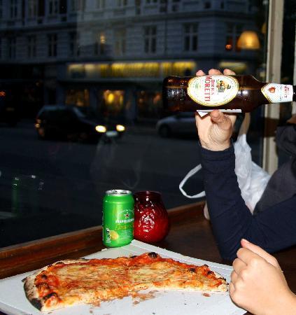 Forno a Legna: Pizza margherita