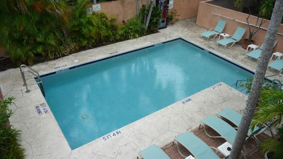 Pilot House Guest House: Pool
