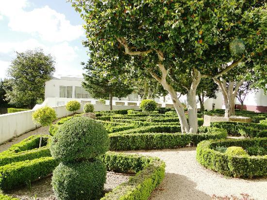 Palácio da Lousã Boutique Hotel: Melia Palacio da Lousa Boutique - garden