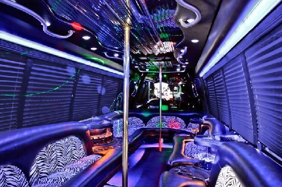 Elite VIP Tours : One of our extravagant party buses!