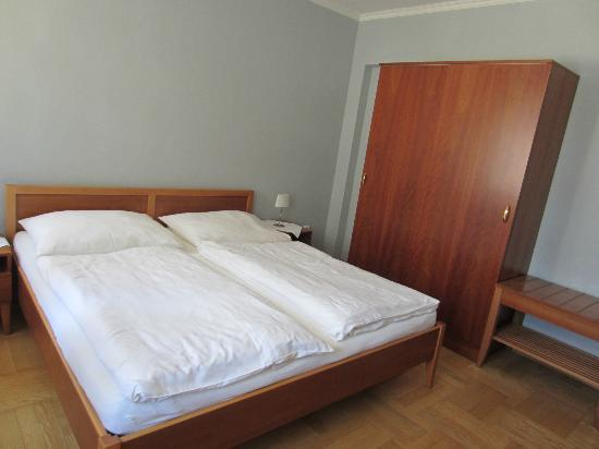Penzion Cafe Kriva: Room 5 - bedroom