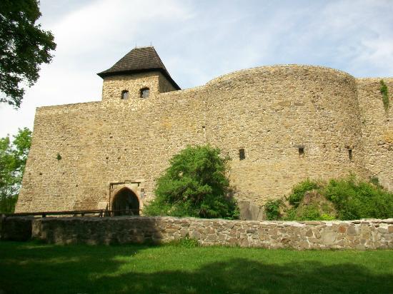 Helfstyn Castle: Castle from outside