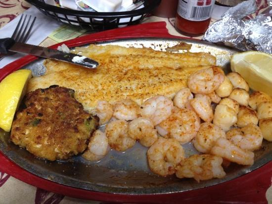 Pier 41 Seafood: broiled Seafood platter