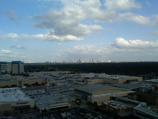 The Westin Houston Memorial City: Skyline and Mall