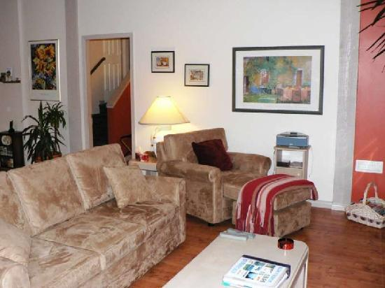 Tuckers Inn B&B and Spa: This one-bedroom suite offers many luxuries: a private entrance, leather sofas face a gas-lit fi
