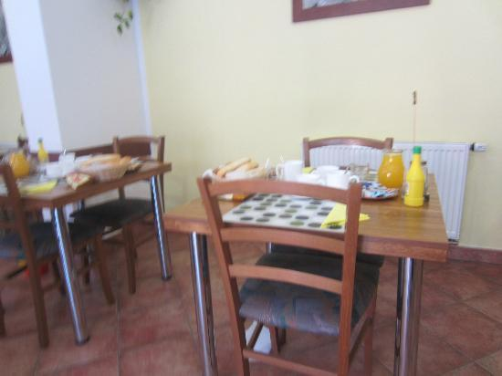 H+M Penzion: Breakfast room
