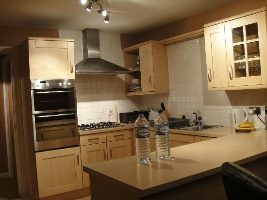 Royal Mile Accommodation: Kitchen