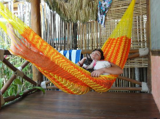 Zomay Hotel Holbox: Relaxing in the hammock on the porch
