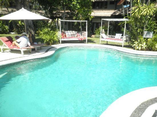 Bali Hotel Pearl: Lovely clean pool!
