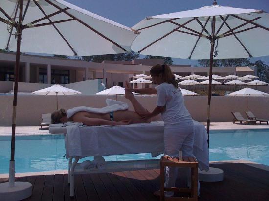 Agaliasis: Pool Massage