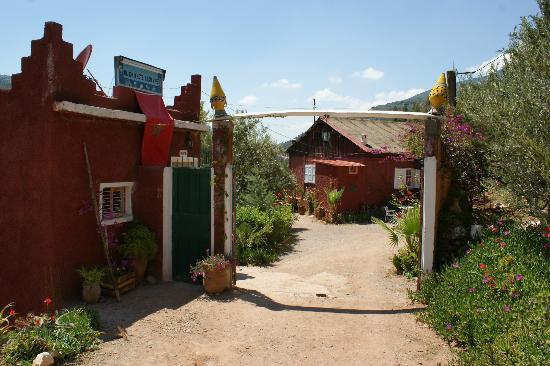Bine el Ouidane, Marruecos: Reception