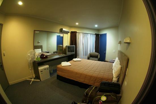 キーウィ インターナショナル エアポート ホテル, 意外と清潔で広さもそこそこ