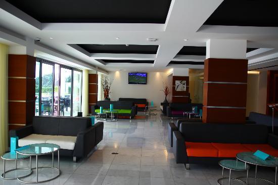 Aquashow Park Hotel: lobby