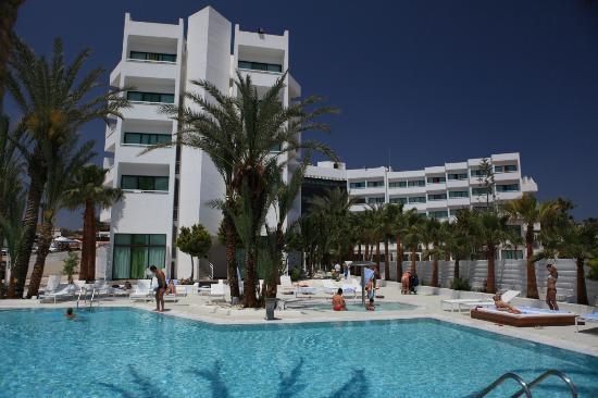 24977c2d9eb Pool area of Margadina hotel - Picture of Margadina Lounge Hotel ...