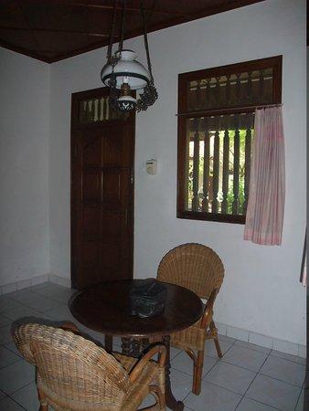 Rini Hotel: mini hall