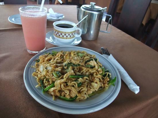 Hotel Celuk Agung: balinese brackfast