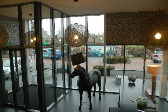 Camera foto van hotel de roode schuur nijkerk tripadvisor for Designhotel de roode schuur
