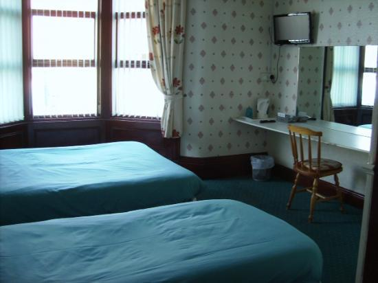 Topaz Hotel & Well-being Centre: Bedroom