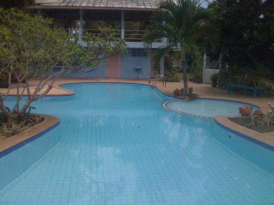 Banito Beach Resort : view of the gorgeous pool