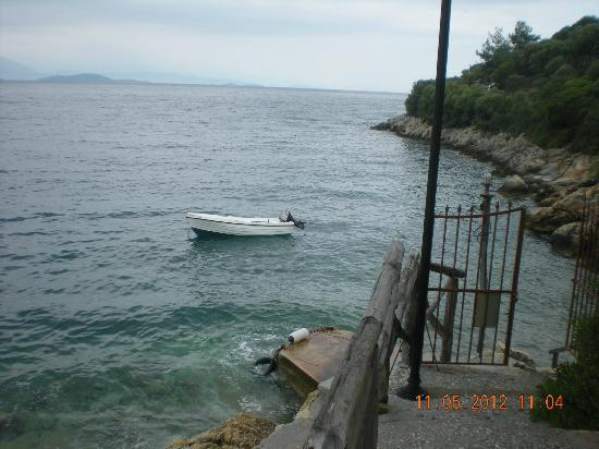 Pounda Paou: Hire Boat