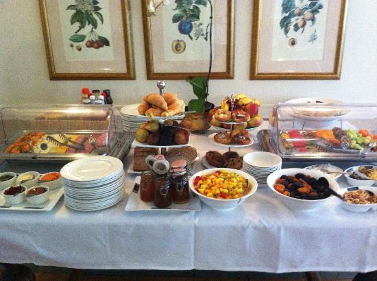 เดอะ เบนจามิน: Amazing breakfast buffet!