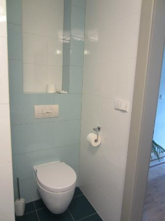 Pension Athanor: Room 3 - toilet