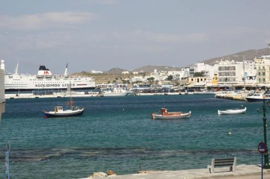 Thalia Hotel: Naxos harbour from hotel
