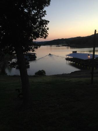 Lakeside Resort Restaurant & General Store: What we woke up to!