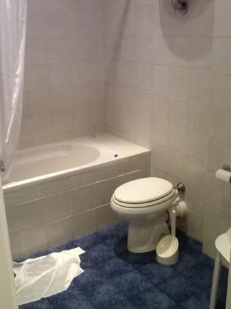 Fonti d'Ovile: Banheiro