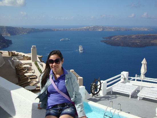 Irini's Villas Resort: reception area view